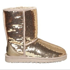 GOLD UGGS